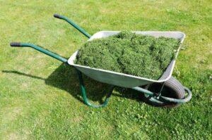 græsslåmaskine tilbud